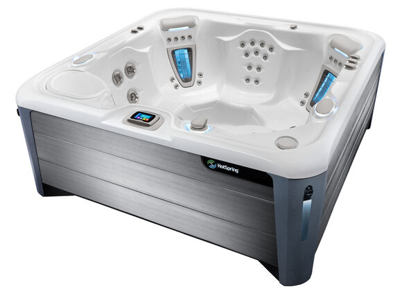 Hot Spring Highlife 2019 Vanguard Alpine White Nickel 3 4 Angle